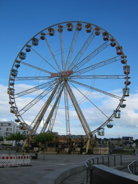 "Das ""La grand Roue Parisienne"" 