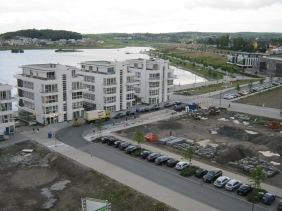 FAPS (links, 1. Reihe) und Baufeld PIER 4 (rechts, 1. Reihe) | Bildrechte: nickneuwald