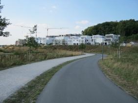 Wohnbebauung auf Höhe der Kohlensiepenstraße, Sommer 2013 | Bildrechte: nickneuwald