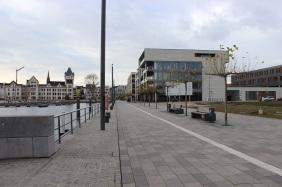 Anleger für das Restaurantschiff (links) | Bildrechte: nickneuwald